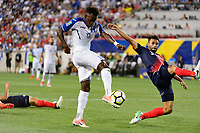 Harrison, NJ - Friday July 07, 2017: Alberth Elis, Giancarlo González during a 2017 CONCACAF Gold Cup Group A match between the men's national teams of Honduras (HON) vs Costa Rica (CRC) at Red Bull Arena.