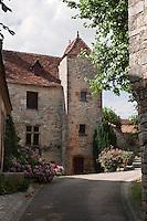 Europe/Europe/France/Midi-Pyrénées/46/Lot/Loubressac: Vieille demeure