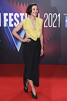 Maggie Gyllenhaal bei der Premiere des Kinofilms 'The Lost Daughter' auf dem 65. BFI London Film Festival 2021 in der Royal Festival Hall. London, 13.10.2021 . Credit: Action Press/MediaPunch **FOR USA ONLY**