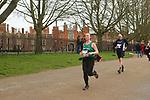 2020-02-23 Hampton Court Half 094 TRo Hampton Ct rem