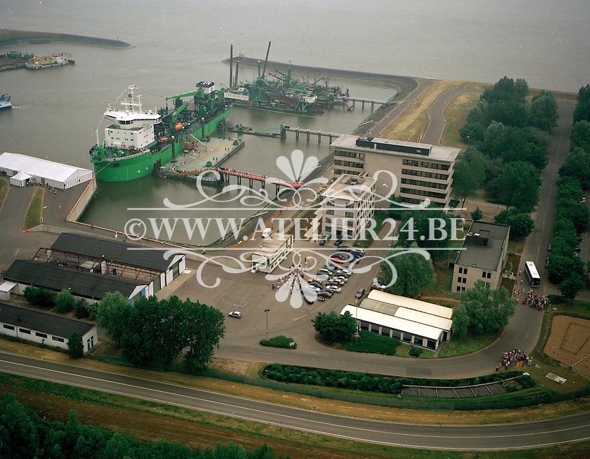 Mei 1999. DEME in de haven van Antwerpen.