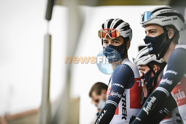 Kenny Elissonde (FRA) Trek-Segafredo at sign on before Stage 17 of the 2021 Tour de France, running 178.4km from Muret to Saint-Lary-Soulan Col du Portet, France. 14th July 2021.  <br /> Picture: A.S.O./Pauline Ballet | Cyclefile<br /> <br /> All photos usage must carry mandatory copyright credit (© Cyclefile | A.S.O./Pauline Ballet)
