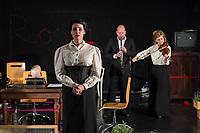 """Probe des Theaterstueck """"ROSA- UND DIE FREIHEIT DER ANDERSDENKENDEN"""" der Dramaturgin Barbara Kastner.<br /> Regie: Anja Panse.<br /> Darsteller:<br /> Rosa Luxemburg: Susanne Jansen (links im Bild).<br /> Ernst Julius Waldemar Pabst, Kaiser Wilhelm III, u.a.: Lutz Wessel (hinten, links im Bild).<br /> Leutnant, Bundesverteidigungsminsiterin, u.a.: Arne van Dorsten.<br /> Musikerin, Sophie Lieberknecht: Annegret Enderle (hinten, rechts im Bild).<br /> 22.5.2017, Berlin<br /> Copyright: Christian-Ditsch.de<br /> [Inhaltsveraendernde Manipulation des Fotos nur nach ausdruecklicher Genehmigung des Fotografen. Vereinbarungen ueber Abtretung von Persoenlichkeitsrechten/Model Release der abgebildeten Person/Personen liegen nicht vor. NO MODEL RELEASE! Nur fuer Redaktionelle Zwecke. Don't publish without copyright Christian-Ditsch.de, Veroeffentlichung nur mit Fotografennennung, sowie gegen Honorar, MwSt. und Beleg. Konto: I N G - D i B a, IBAN DE58500105175400192269, BIC INGDDEFFXXX, Kontakt: post@christian-ditsch.de<br /> Bei der Bearbeitung der Dateiinformationen darf die Urheberkennzeichnung in den EXIF- und  IPTC-Daten nicht entfernt werden, diese sind in digitalen Medien nach §95c UrhG rechtlich geschuetzt. Der Urhebervermerk wird gemaess §13 UrhG verlangt.]"""