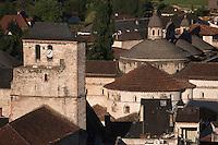 Europe/Europe/France/Midi-Pyrénées/46/Lot/Souillac: Le beffroi et l' Eglise Abbatiale Sainte-Marie de Souillac
