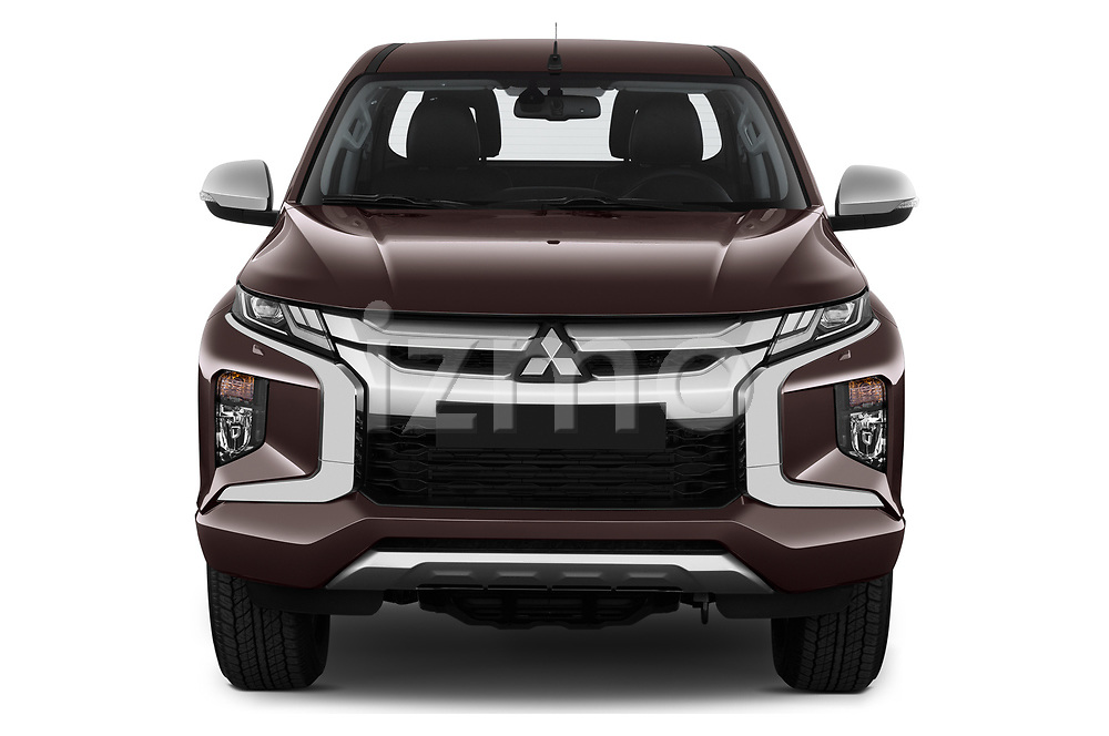 Car photography straight front view of a 2020 Mitsubishi L200 Instyle 4 Door Pick-up Front View