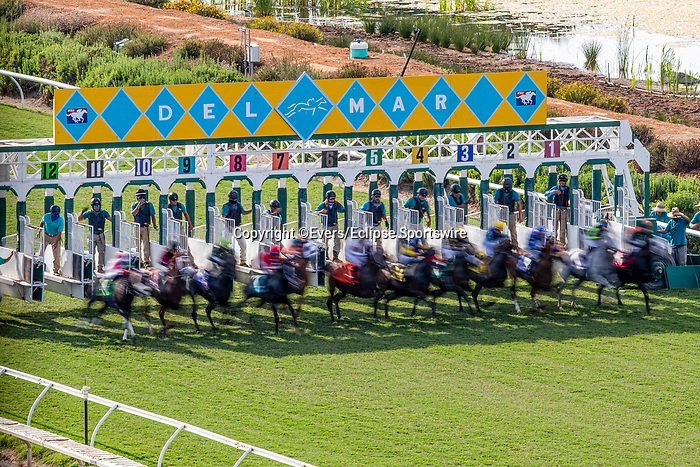 JULY 17, 2021: The field breaks from the starting gate on the turf at Del Mar Fairgrounds in Del Mar, California on July 17, 2021. Evers/Eclipse Sportswire/CSM