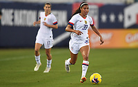 JACKSONVILLE, FL - NOVEMBER 10: Margaret Purce #30 of the United States looks for an open man downfield during a game between Costa Rica and USWNT at TIAA Bank Field on November 10, 2019 in Jacksonville, Florida.