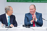 Juan Manuel Villar Mir and  Spainsh King Juan Carlos during the opening of the academic year 2016/2017 university reserach insititute foundation Jose Ortega y Garret and Gregorio Maranon in Madrid, Spain. October 19, 2016. (ALTERPHOTOS/Rodrigo Jimenez)