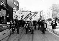 Marche  pour celebrer  la journee des femmes, 9 mars 1984 <br /> <br /> PHOTO : Pierre Roussel -  Agence Quebec Presse