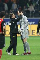 Trainer Thomas Doll (BVB) mit Torwart Marc Ziegler (BVB)<br /> Eintracht Frankfurt vs. Borussia Dortmund, Commerzbank Arena<br /> *** Local Caption *** Foto ist honorarpflichtig! zzgl. gesetzl. MwSt. Auf Anfrage in hoeherer Qualitaet/Aufloesung. Belegexemplar an: Marc Schueler, Am Ziegelfalltor 4, 64625 Bensheim, Tel. +49 (0) 6251 86 96 134, www.gameday-mediaservices.de. Email: marc.schueler@gameday-mediaservices.de, Bankverbindung: Volksbank Bergstrasse, Kto.: 151297, BLZ: 50960101
