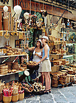 Greece, Corfu, Corfu-Town (Kerkyra): Souvenir shops   Griechenland, Korfu, Korfu-Stadt (Kerkyra): Gasse mit Souvenirlaeden laedt zum Shoppen ein