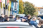 Die Fans heizen die Mannschaft auf das Auswärtsspiel auf beim Spiel in der 3. Liga, 1. FC Kaiserslautern - SV Waldhof Mannheim.<br /> <br /> Foto © PIX-Sportfotos *** Foto ist honorarpflichtig! *** Auf Anfrage in hoeherer Qualitaet/Aufloesung. Belegexemplar erbeten. Veroeffentlichung ausschliesslich fuer journalistisch-publizistische Zwecke. For editorial use only. DFL regulations prohibit any use of photographs as image sequences and/or quasi-video.