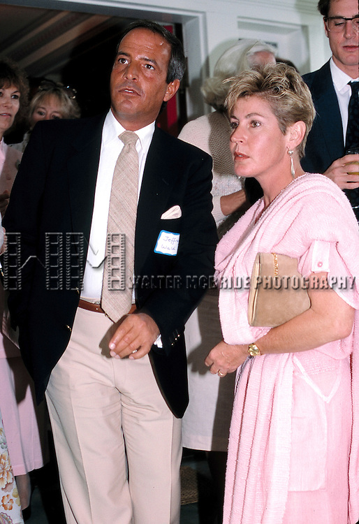 Jeffrey Wald and Helen Reddy attend a Private Party on September 2, 1986 at the Home of Dale Olsen in Los Angeles, California.
