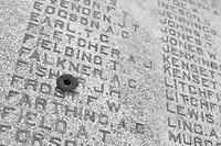 2017 11 WAR - Toronto - monuments