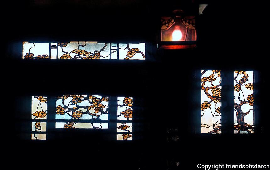 Greene & Greene: Thorsen House, Berkeley 1908. Interior, stained glass window.  Photo '78.