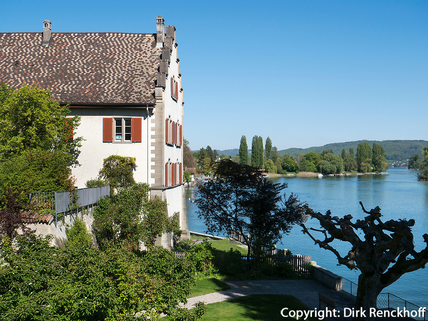 Rheinsee, Kloster zum heiligen Georg, Stein am Rhein, Kanton Schaffhausen, Schweiz<br /> Rhinelake (Rheinsee) and Saint George's Abbey in Stein am Rhein, Canton Schaffhausen, Switzerland