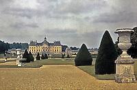 Vaux-le-Vicomte.Chateau from garden, Seine-et-Marne, France. Designed by Louis Le Vau, 1657-61. Baroque masterpiece of French architecture.