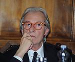 """VITTORIO FELTRI<br /> PRESENTAZIONE LIBRO """"DETENUTI"""" DI MELANIA RIZZOLI<br /> BIBLIOTECA ANGELINA  ROMA 2012"""