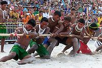 IV Jogos Tradicionais  Indígenas do Pará.<br /> <br /> Quinza etnias participam dos  IV Jogos Indígenas, iniciados neste na íntima sexta feira. Aikewara (de São Domingos do Capim), Araweté (de Altamira), Assurini do Tocantins (de Tucuruí), Assurini do Xingu (de Altamira), Gavião Kiykatejê (de Bom Jesus do Tocantins), Gavião Parkatejê (de Bom Jesus do Tocantins), Guarani (de Jacundá), Kayapó (de Tucumã), Munduruku (de Jacareacanga), Parakanã (de Altamira), Tembé (de Paragominas), Xikrin (de Ourilândia do Norte), Wai Wai (de Oriximiná). Participam ainda as etnias convidadas - Pataxó (da Bahia) e Xerente (do Tocantins).<br /> Mais de 3 mil pessoas lotaram as arquibancadas da arena de competição.<br /> Praia de Marudá, Marapanim, Pará, Brasil.<br /> Foto Paulo Santos<br /> 76/09/2014