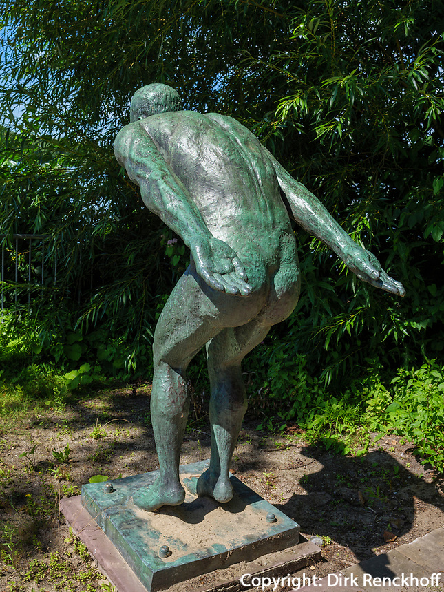 Plastik am Maschsee, Hannover, Niedersachsen, Deutschland, Europa<br /> Sculpture at lake Maschsee,  Hanover, Lower Saxony, Germany, Europe