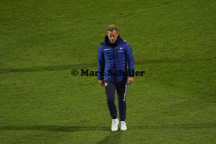Trainer Markus Anfang (SV Darmstadt 98)<br /> <br /> - 26.02.2021 Fussball 2. Bundesliga, Saison 20/21, Spieltag 23, SV Darmstadt 98 - Karlsruher SC, Stadion am Boellenfalltor, emonline, emspor, <br /> <br /> Foto: Marc Schueler/Sportpics.de<br /> Nur für journalistische Zwecke. Only for editorial use. (DFL/DFB REGULATIONS PROHIBIT ANY USE OF PHOTOGRAPHS as IMAGE SEQUENCES and/or QUASI-VIDEO)