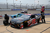 NASCAR Xfinity Series<br /> ToyotaCare 250<br /> Richmond International Raceway, Richmond, VA USA<br /> Saturday 29 April 2017<br /> Kyle Benjamin, ToyotaCare Toyota Camry pit stop<br /> World Copyright: Russell LaBounty<br /> LAT Images<br /> ref: Digital Image 17RIC1Jrl_4112