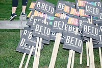 Beto O'Rourke - Supporters at Labor Day Parade - Milford, NH - 2 Sept 2019