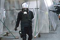 - manifestations against the international G8 summit in Genoa, July 2001, riots between police and demonstrators ....- manifestazioni contro il summit internazionale G8 a Genova nel luglio 2001, scontri fra polizia e dimostranti