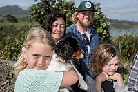 Knox Family, Raglan