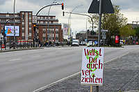 GERMANY, Hamburg city, Fridays for future movement, All for Climate rally with 70.000 protesters for climate protection, banner on the road slogan Do you want to give it up? / DEUTSCHLAND, Hamburg, Jungfernstieg und Binnenalster, Fridays-for future Bewegung, Alle fürs Klima Demo fuer Klimaschutz, Plakat mit Aufschrift Willst Du auch verzichten, 20.9.2019