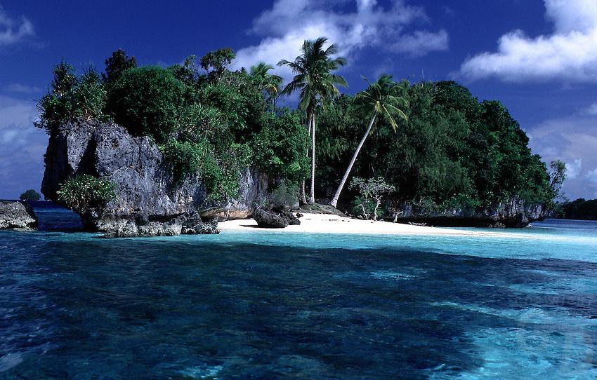 THREE COCONUT ISLAND