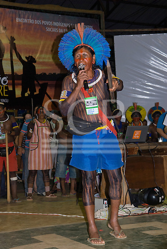 Altamira, Brazil. Encontro Xingu protest meeting about the proposed Belo Monte hydroeletric dam and other dams on the Xingu river and its tributaries. Krw-E Kayapo from A-Ukre village.