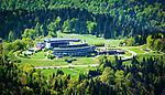 Deutschland, Bayern, Berchtesgadener Land, oberhalb Berchtesgaden: Kempinski Hotel Berchtesgaden, 5-Sterne-Luxus-Wellnesshotel in den Bayerischen Alpen | Germany, Upper Bavaria, Berchtesgadener Land, above Berchtesgaden: Kempinski Hotel Berchtesgaden, luxury 5 star resort in the Bavarian Alps
