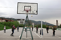 Serbia. Veliki Trnovac (in Albanian: Tërnoc i Madh) is a town in the municipality of Bujanovac, located in the Pčinja District of southern Serbia. «Muharrem Kadriu» Elementary School. The school's students are all from Albanian ethnicity. 8th Grade. Students play volley ball (without net) during gymnastics class. Bujanovac is located in the geographical area known as Preševo Valley. The Pestalozzi Children's Foundation (Stiftung Kinderdorf Pestalozzi) is advocating access to high quality education for underprivileged children. It supports in Bujanovac a project called» Our towns, our schools». 16.4.2018 © 2018 Didier Ruef for the Pestalozzi Children's Foundation