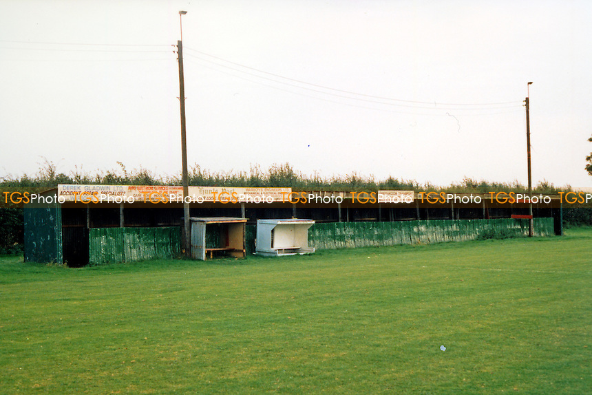 Forge Way, home of Warboys Town FC (Cambridgeshire), pictured circa 1989 - Gavin Ellis/TGSPHOTO - Self billing applies where appropriate - 0845 094 6026 - contact@tgsphoto.co.uk - NO UNPAID USE..