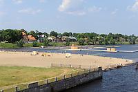 Schwimmbad in der Daugava in Riga, Lettland, Europa