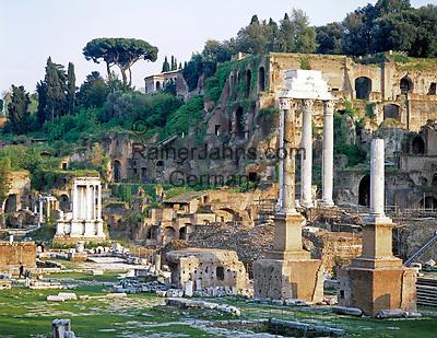 ITA, Italien, Lazio, Rom: Forum Romanum mit dem Tempel von Castor und Pollux | ITA, Italy, Lazio, Rome: Forum Romanum with temple of Castor and Pollux