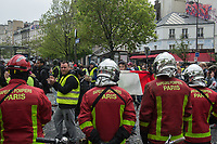 Thousands of Yellow Vest demonstrators take to the streets and march around the sites of various Hospitals in Paris to protest at the effect of President Macron's reforms on the French health service. There was a heavy Police presence but no arrests. Paris, France 4-5-19