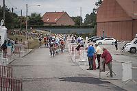 peloton hits the cobbles<br /> <br /> 101st Kampioenschap van Vlaanderen 2016 (UCI 1.1)<br /> Koolskamp › Koolskamp (192.4km)