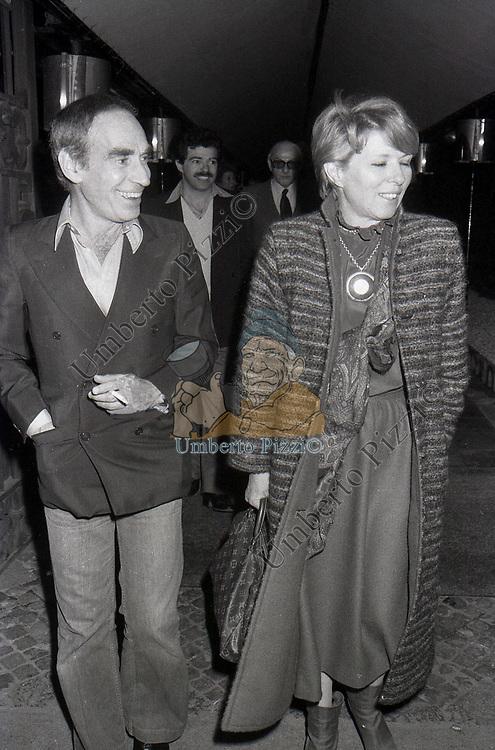 DELIA SCALA CON DON LURIO  ROMA 1978