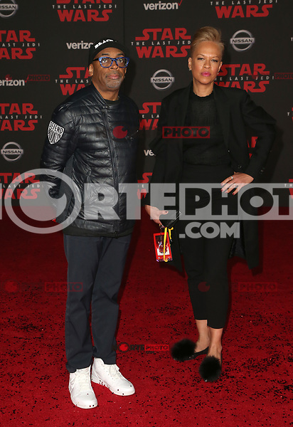LOS ANGELES, CA - DECEMBER 9: Spike Lee, Tonya Lewis Lee, at Premiere Of Disney Pictures And Lucasfilm's 'Star Wars: The Last Jedi' at Shrine Auditorium in Los Angeles, California on December 9, 2017. Credit: Faye Sadou/MediaPunch /NortePhoto.com NORTEPHOTOMEXICO