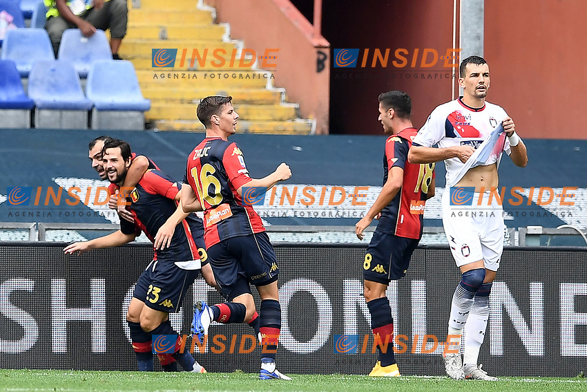 esultanza gol Mattia Destro <br /> Serie A football match between Genoa CFC and FC Crotone at Marassi Stadium in Genova (Italy), September 20th, 2020. Photo Image Sport / Insidefoto