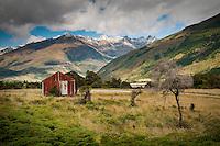 Old farming shed near Lake Wanaka and Makaroa - Central Otago, New Zealand