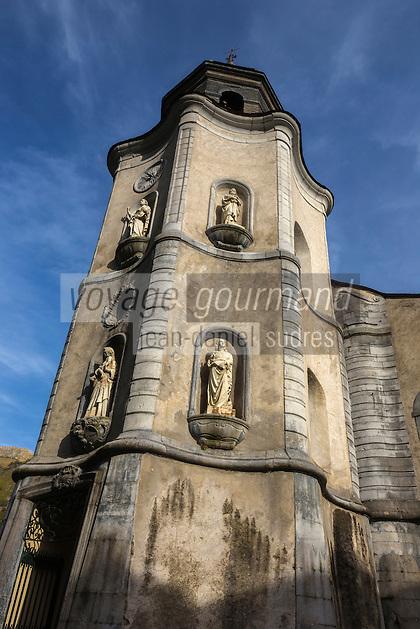 Europe, France, Aquitaine, Pyrénées-Atlantiques, Béarn, Sarrance, Clocher de l'église Notre-Dame // Europe, France, Aquitaine, Pyrenees Atlantiques, Bearn, Sarrance, Sarrance Monastic Church Bell tower