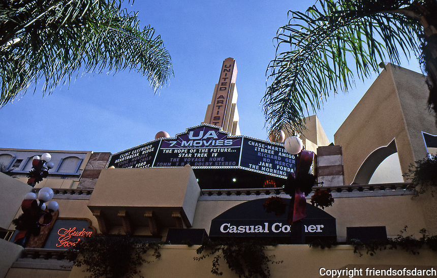 Horton Plaza:  United Artist Theater (7 movies). Top floor.  Photo Jan. 1987