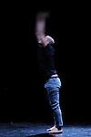 REVERSIBLECités Danse Connexions #1Direction artistique, chorégraphie et interprétation Bouziane BouteldjaCollaboration artistique Gilles RondotMusique Arnaud Vernet Le NaunLumière Catherine ChavériatDirection d'acteur Coralie EmilionCompagnie DANS6TCadre : Suresnes Cité Danse 2017Date : 20/01/2017Lieu : Théâtre de Suresnes Jean VilarVille : Suresnes© Laurent Paillier / photosdedanse.com