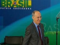 BRASILIA, DF, 02.10.2015 - DILMA-REFORMA -  O presidente do PT, Rui Falcão, durante declaração sobre a  reforma administrativa do<br /> Governo Federal, nesta sexta-feira, no <br /> Palácio do Planalto.(Foto:Ed Ferreira / Brazil Photo Press)
