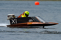 XI   (Outboard Hydroplanes)