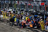 #9: Scott Dixon, Chip Ganassi Racing Honda pit stop