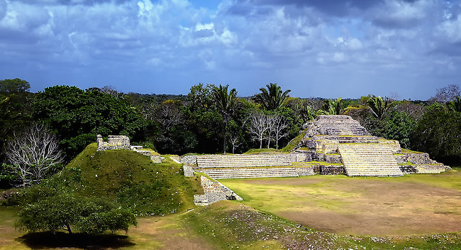 Mayan temple in the jungles of eastern Mexico